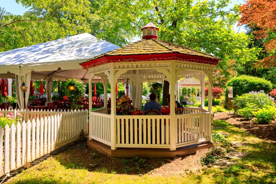 Lovely Places to Brunch Outside Around DC This Weekend