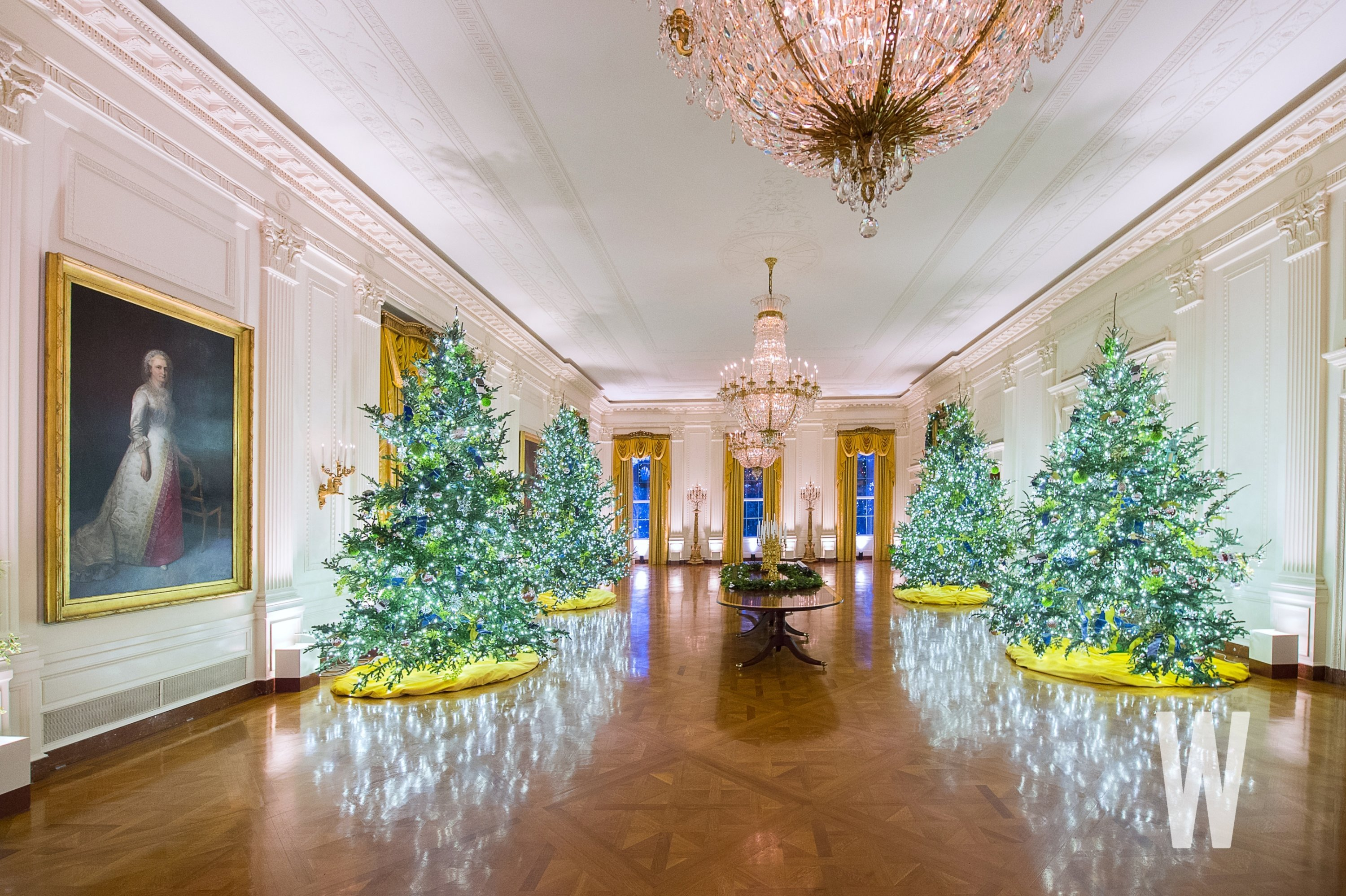 white house christmas decorations 2020