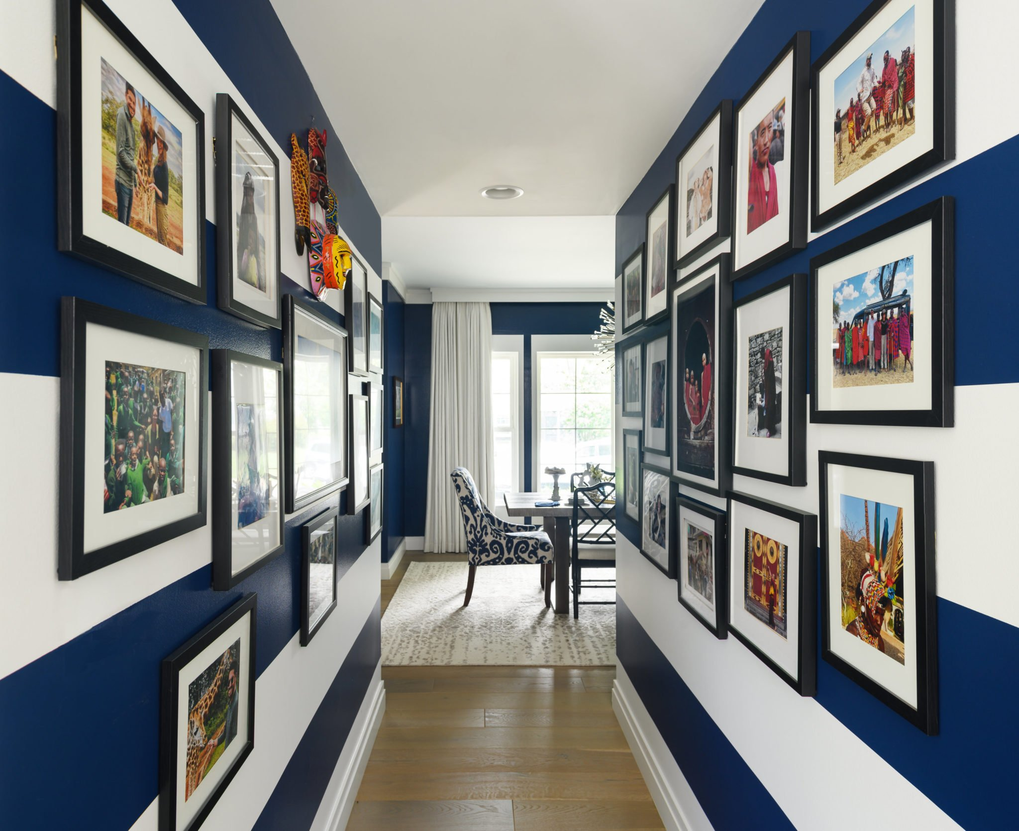 Five Ways to Create a Really Cool Gallery Wall in Your Home