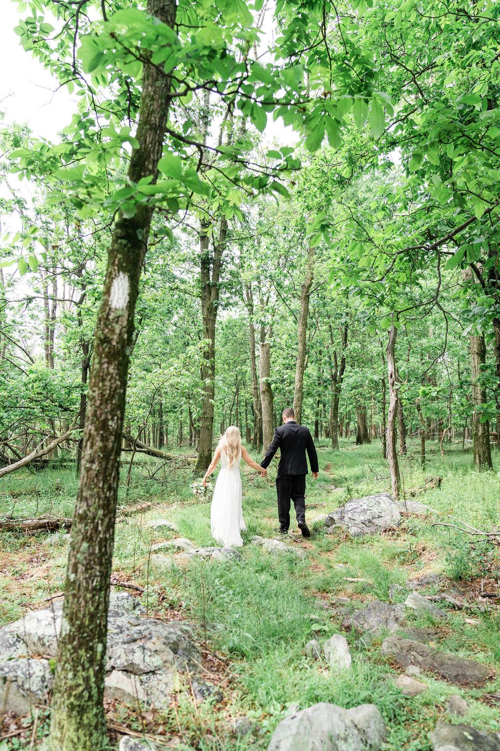 StefanieKamermanPhotography-AllieandBrian-ZionSpringsElopement-RoundHill,Virginia-136