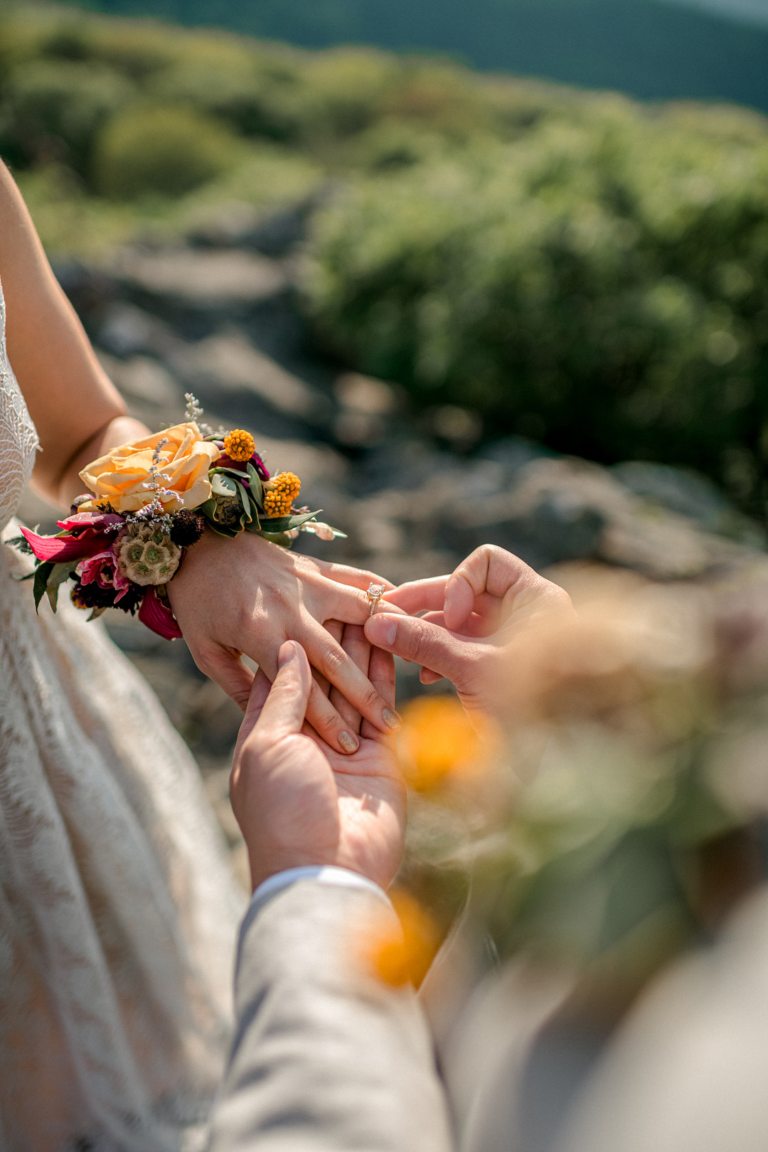 Boho Mountain Elopement in Shenandoah National Park_1001 Angles Photography_Shenandoah National Park Adventure Elopement-172_low