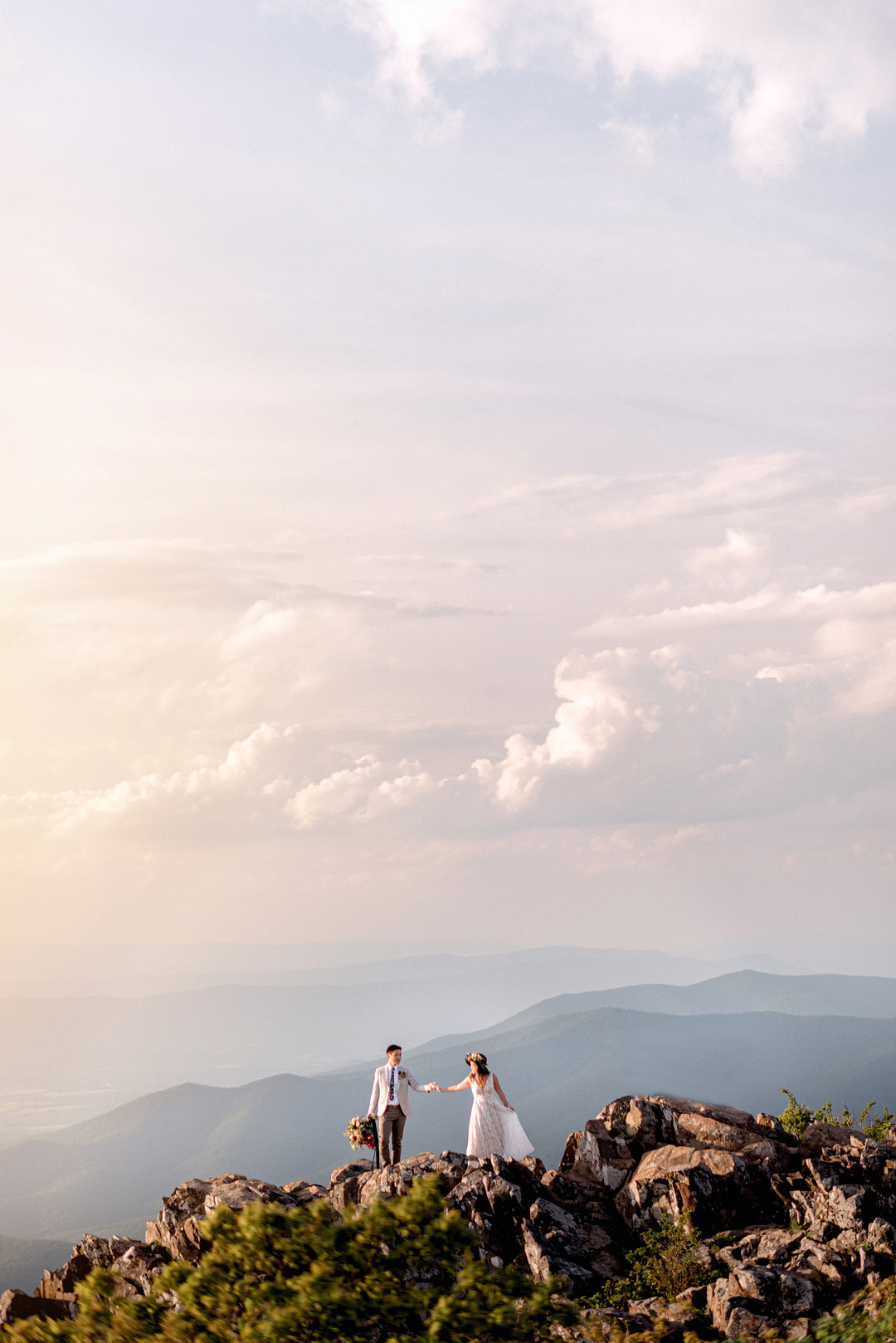Boho Mountain Elopement in Shenandoah National Park_1001 Angles Photography_Shenandoah National Park Adventure Elopement-196_low