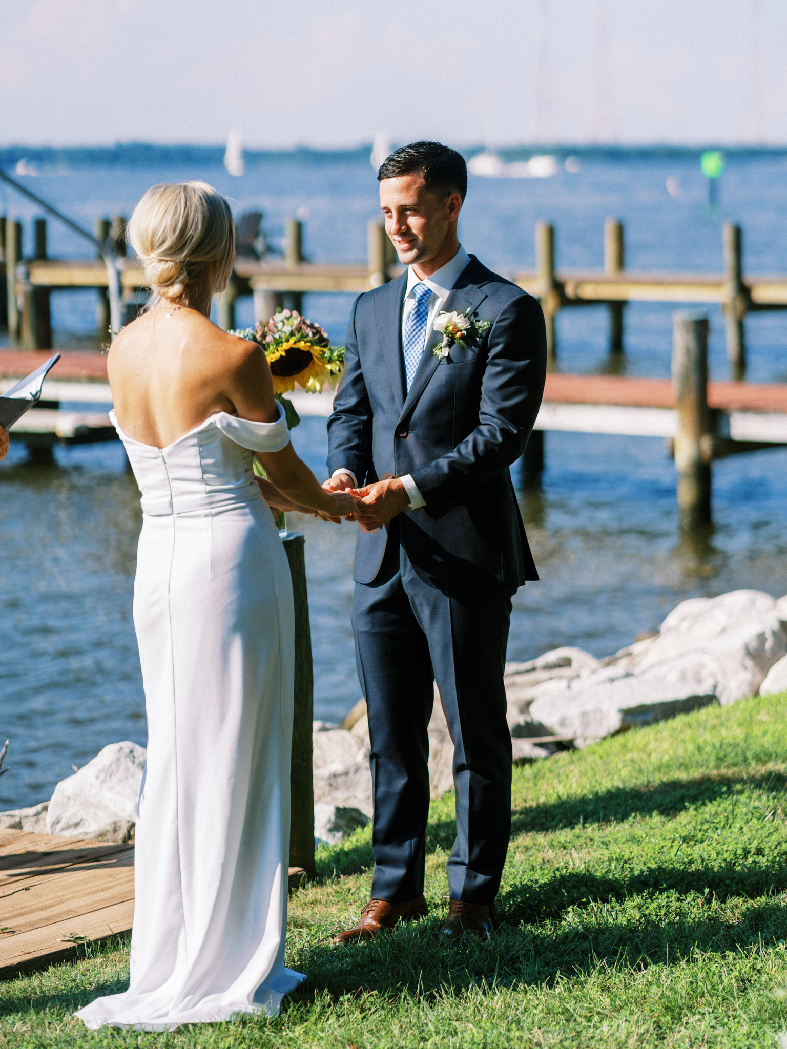 Gray_Joiner_e. losinio photography_annapolis-maryland-waterfront-elopement-129