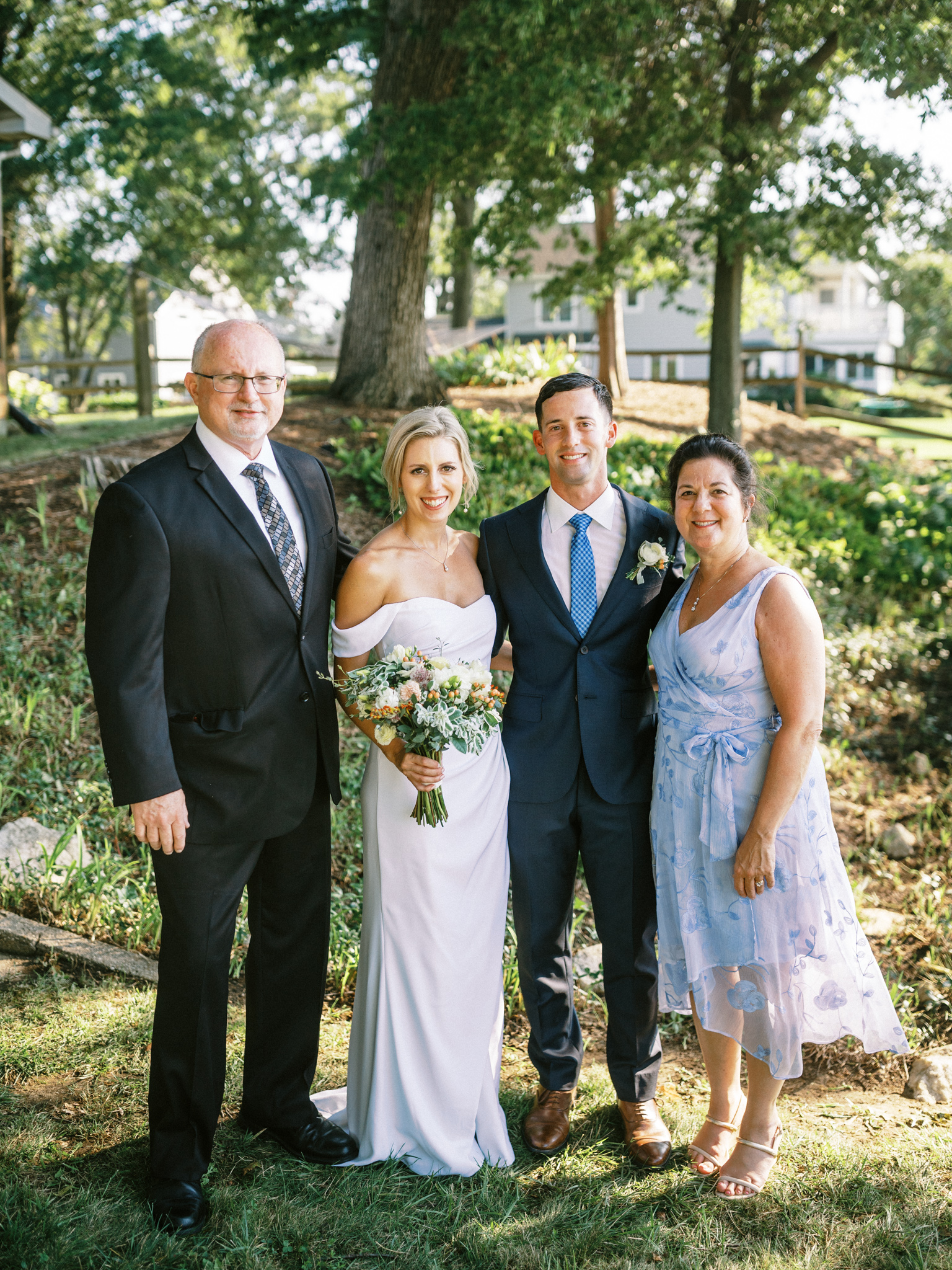 Gray_Joiner_e. losinio photography_annapolis-maryland-waterfront-elopement-221