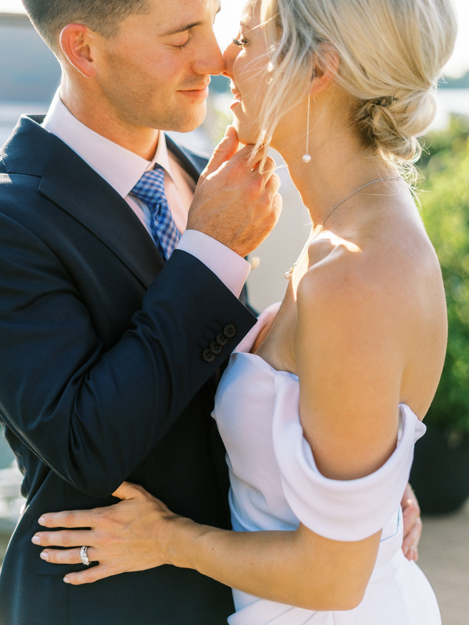 Gray_Joiner_e. losinio photography_annapolis-maryland-waterfront-elopement-297