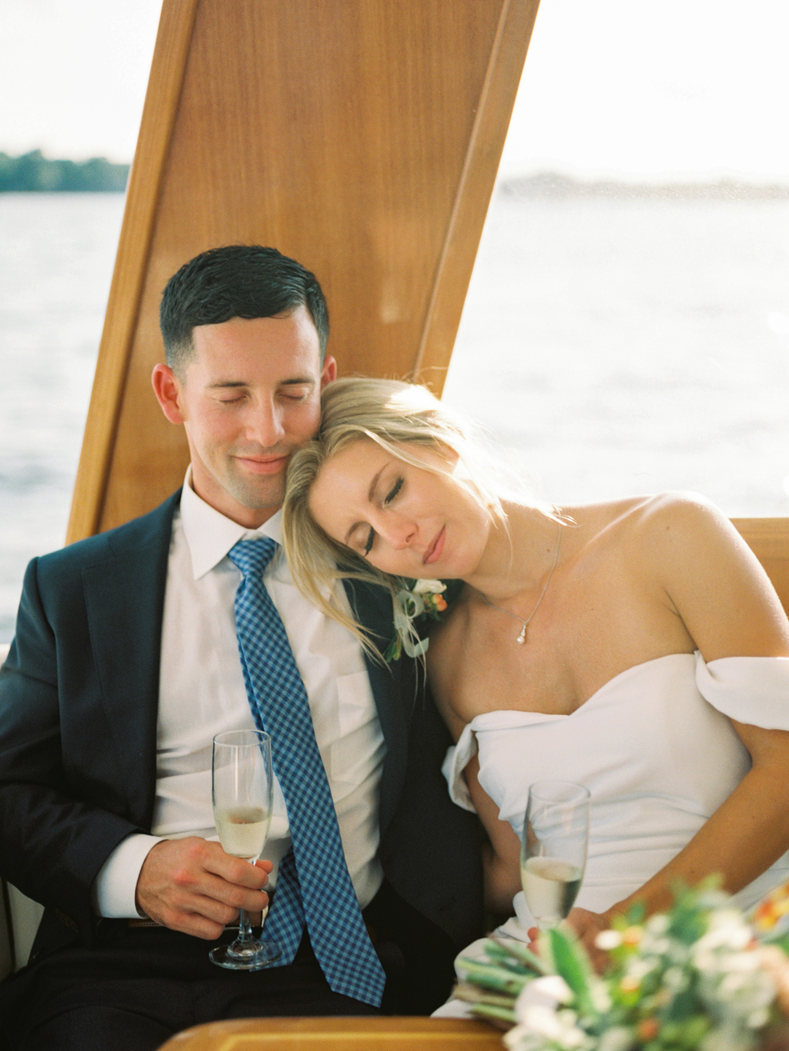 Gray_Joiner_e. losinio photography_annapolis-maryland-waterfront-elopement-319