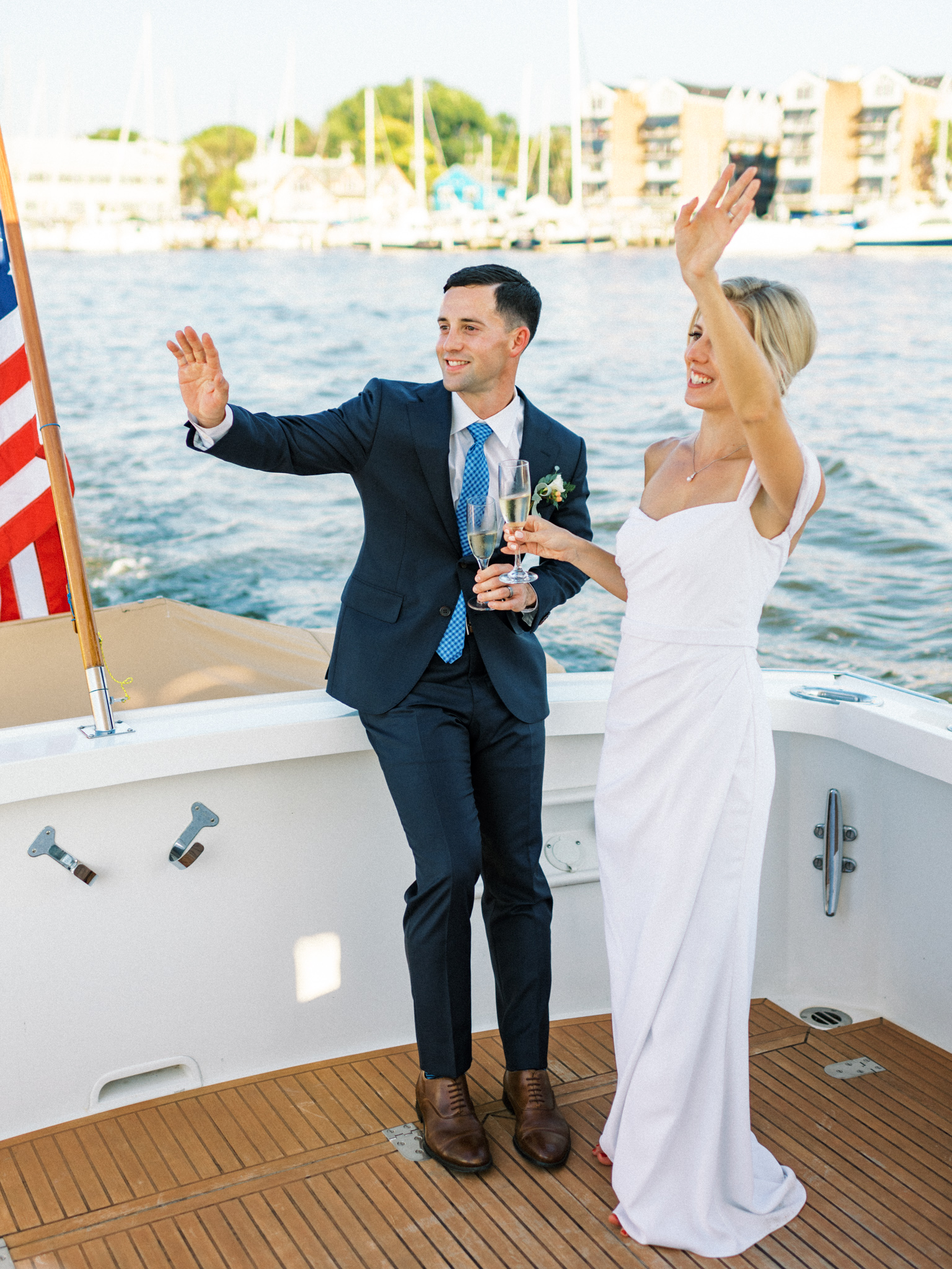 Gray_Joiner_e. losinio photography_annapolis-maryland-waterfront-elopement-349