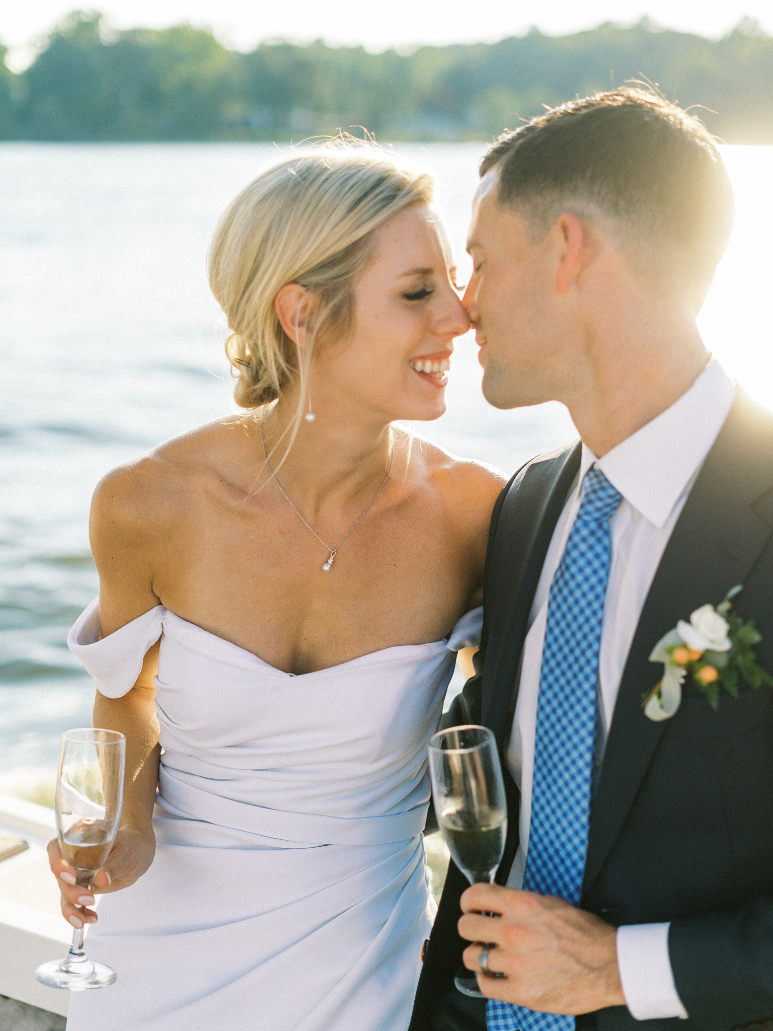Gray_Joiner_e. losinio photography_annapolis-maryland-waterfront-elopement-404