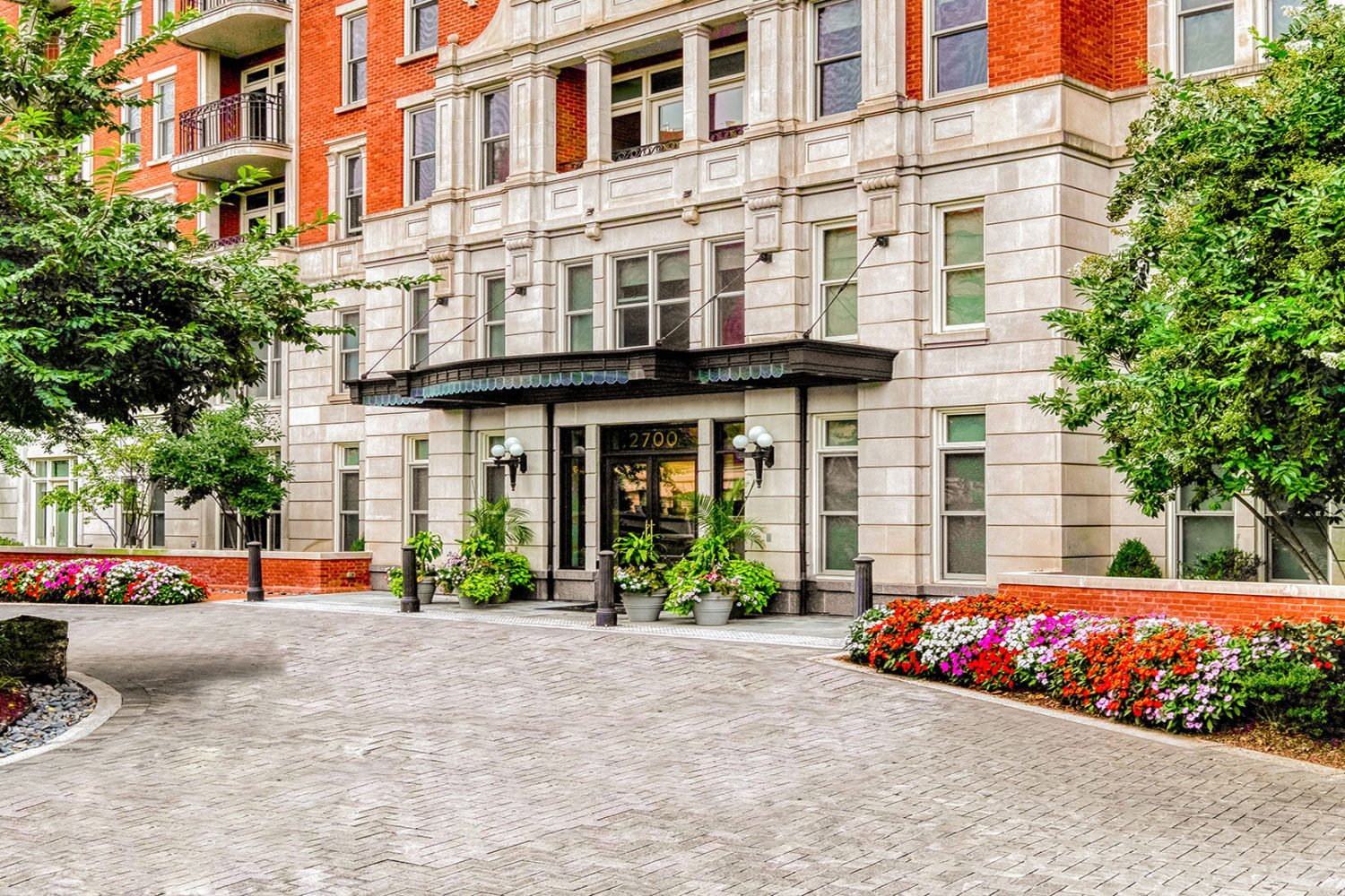 Experience the Benchmark in Luxury Apartment Living at The Woodley in Washington, D.C. & 7770 Norfolk in Bethesda, MD