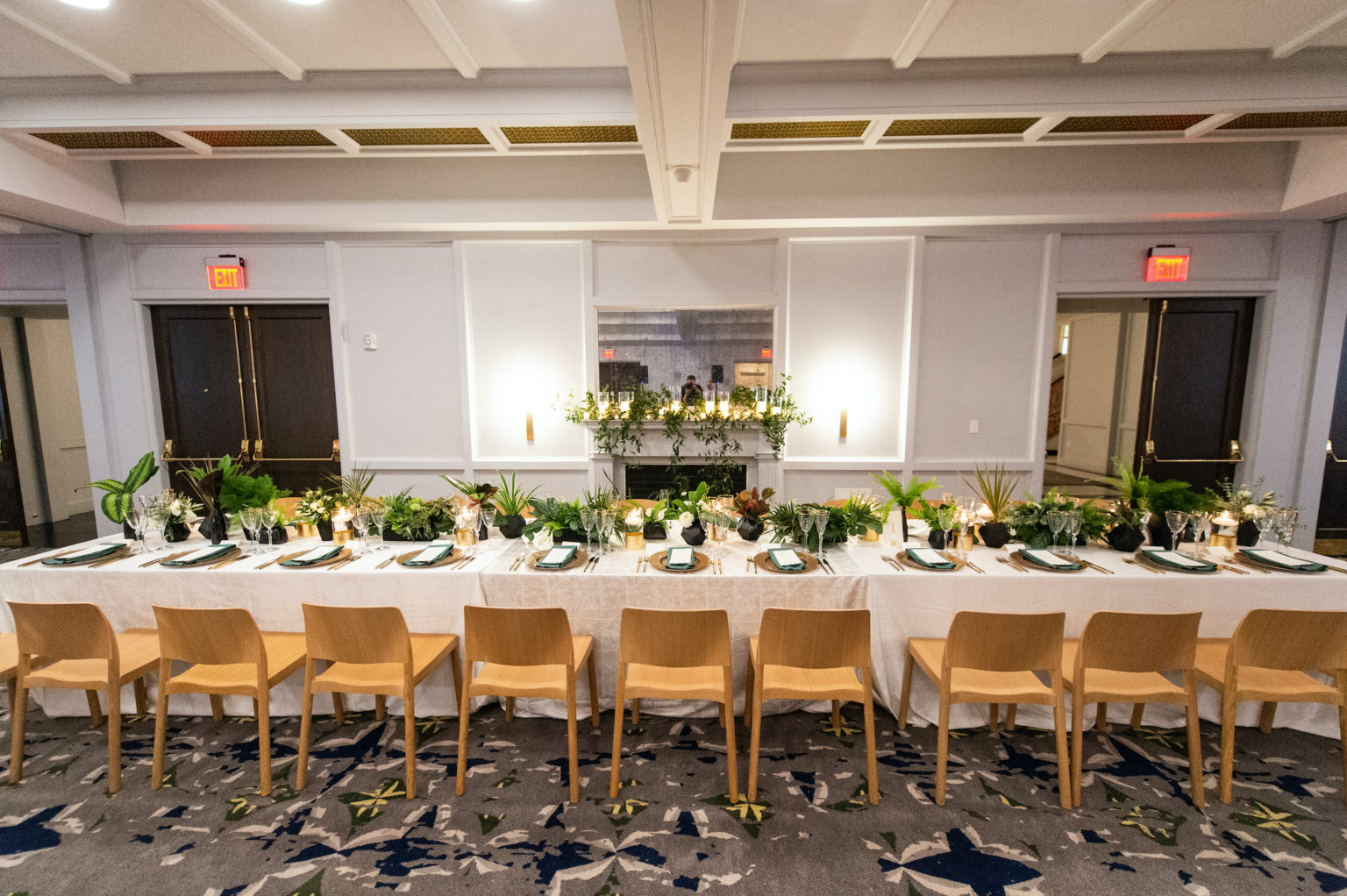 The-Line-DC-Fall-Wedding-Dog-Cake-Planner-Agriffin-events-00065