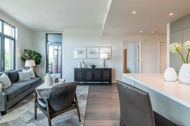 Picture Yourself in These Sophisticated Shaw Condominiums